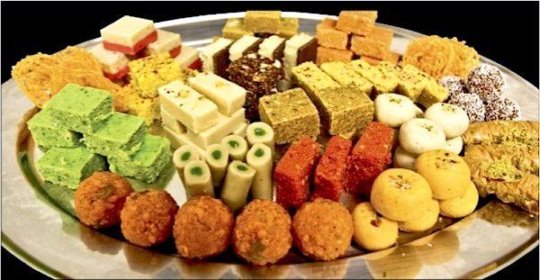كتيب ديلي ديلز بيقدملك كوبونات خصومات  لمجموعة من افضل اماكن الحلويات