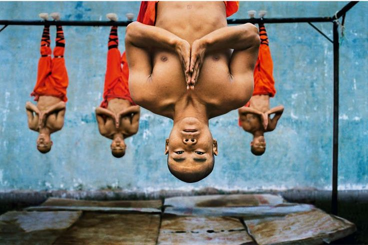 World-Renowned Photographer Steve McCurry Captures the Fascinating ...