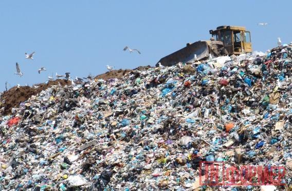 В Правительстве Севастополя приготовились выкинуть в мусорную дыру 600 млн. государственных рублей http://ruinformer.com/page/v-pravitelstve-sevastopolja-prigotovilis-vykinut-v-musornuju-dyru-600-mln-gosudarstvennyh-rublej  Современное общество неспроста названо «обществом потребления». Год от года наши запросы увеличиваются в геометрической прогрессии. Предмет, ещё лет 10 назад казавшийся роскошью, сегодня — обыденная вещица. Это касается всего: бытовой техники, мебели, предметов интерьера…