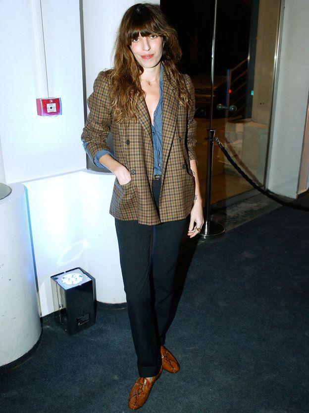 ルー・ドワイヨンのパリシックなジャケットスタイルを調査