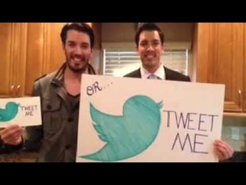 Size matters!  Tweet with us LIVE tonight @MrDrewScott & @MrSilverScott at 9 pm EST with the #PropertyBrothers