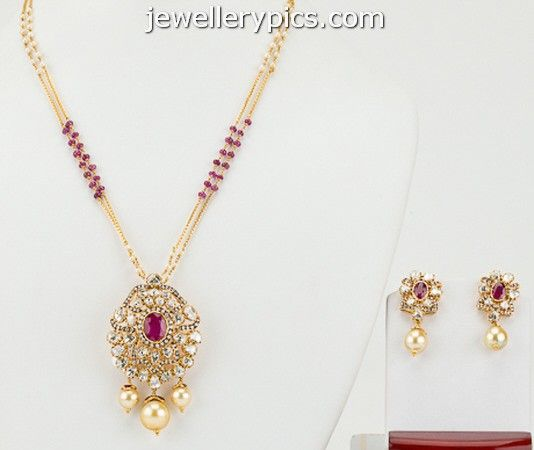 Designer Pendant Set With Diamonds And Uncut Diamonds In Pachi Style - Latest Jewellery Designs