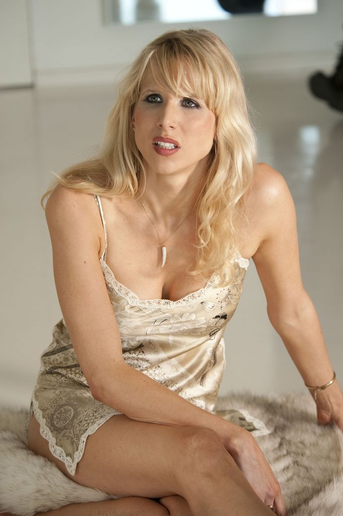 213 Best Images About Lucy Punch On Pinterest Bad