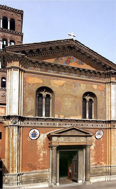 I live in Rome and haven't seen this church yet...what have I been doing?? Facade of Santa Pudenziana, Rome