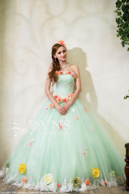 まるでお花畑のよう♪グリーンの花嫁衣装・ウェディングドレスの参考一覧まとめ♪