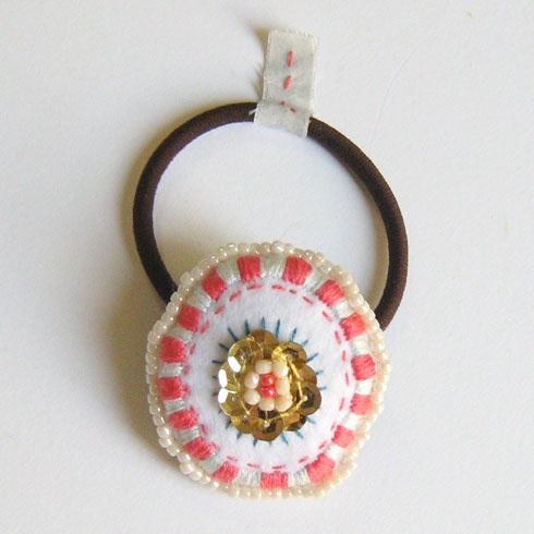an embroidered hairgom