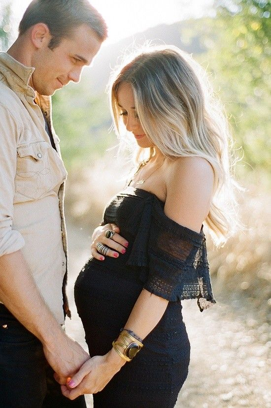 Love what she's wearing so cute for baby announcement if prego in the Spring or Summer