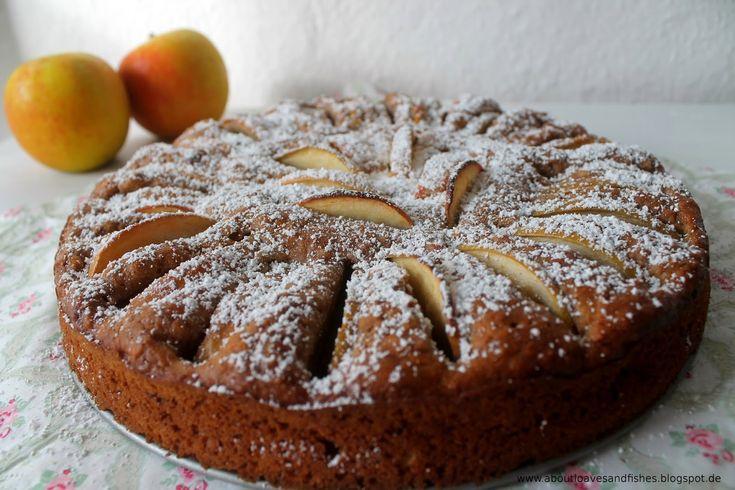(Vor-) Weihnachtlicher Apfelkuchen mit Spekulatius und Roggenvollkornmehl