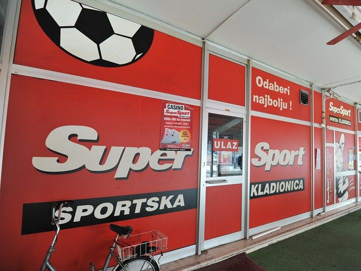 SuperSport kladionica is the most popular bet shop in Croatia. That's mostly because they were the first one to implement online betting which provided them the opportunity to take the lead on the betting market in Croatia. It's easy to create an account, you don't have to use credit cards, you just go to the shop and the lady behind the desk transfers your cash into the online credit on their website.Besides that, they have live betting, virtual horse racing and really good odds.