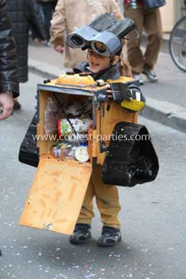Homemade Wall-E Costume: This Homemade Wall-E Costume was completely made with recycled material. I did it with my 4 years old kid, Nicholas. We used recycled cardboard boxes,