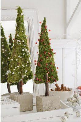 Mechové Vánoční stromečkování