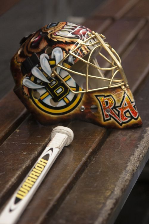 I must confess: I've been admiring Tuukka's mask every other day for a month now. Screw you and your pretty mask.