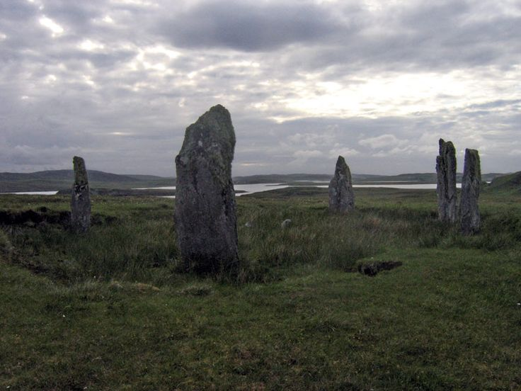 Craigh na Dun: Stone Circle near Inverness in Scotland. Maybe I'll meet Jamie Fraser??