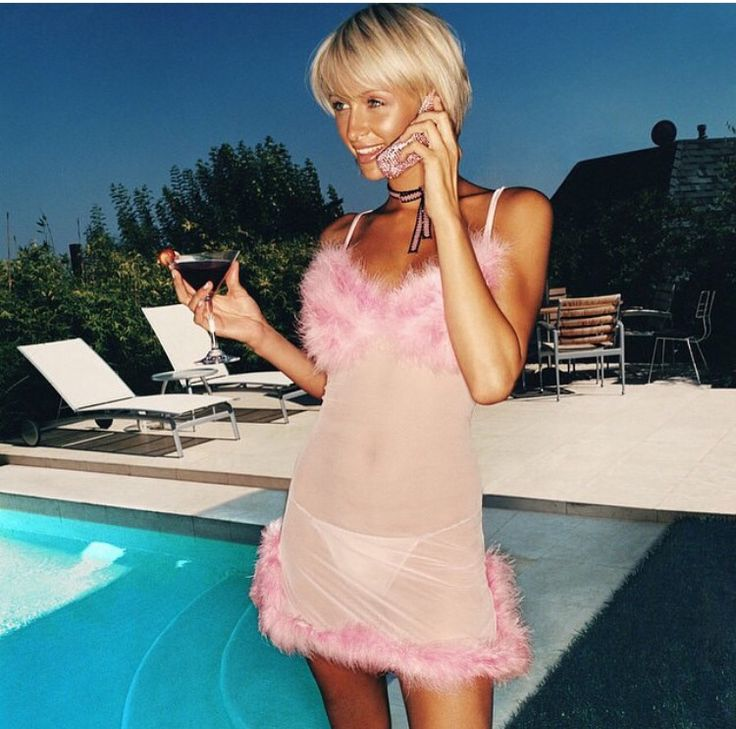 59 best images about paris hilton 2000s on pinterest - Paris hilton pool ...