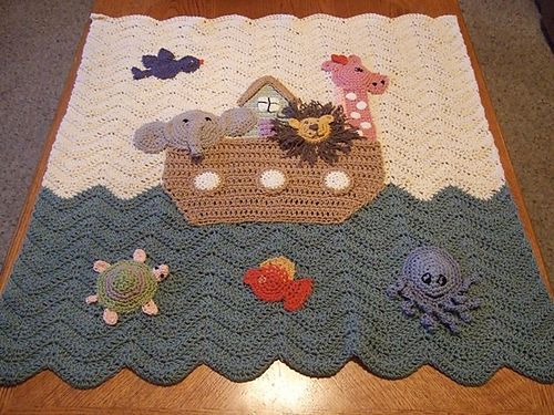 I love Noah's ark! The pattern is unfortunately not free :(  Good inspiration though