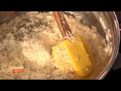 Bärlauchrisotto (Andreas Döllerer) - YouTube. Hier gibt es das Rezept: https://www.billa.at/Frischgekocht_ONLINE/Frisch_Gekocht/Rezepte/Rezept_Detail/Recipe_Detail/FgContent.aspx?Rezept=24447&Baerlauchrisotto