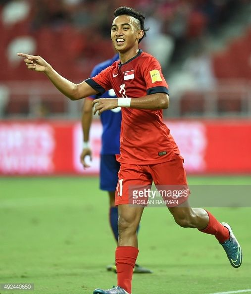 singapores-forward-faris-ramli-reacts-after-scoring-his-first-goal-picture-id492440650 (507×594)