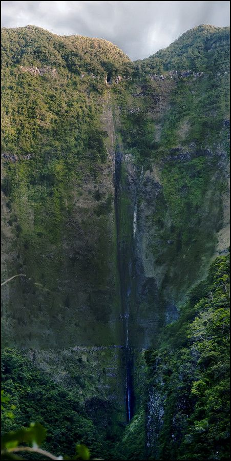 Chaudron waterfall - Reunion Island (by Francis Sital Dahone)