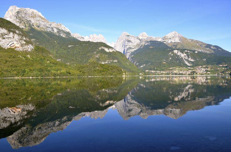 Riflessi sul Lago di Molveno - Reflections on Lake Molveno