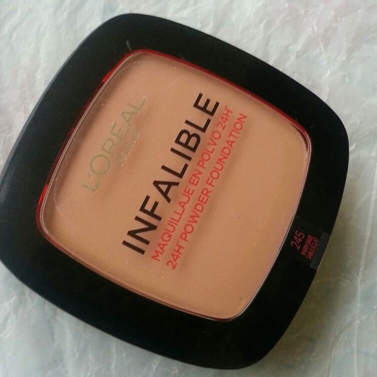 l'oreal 24 hrs powder foundation is best for combination skin