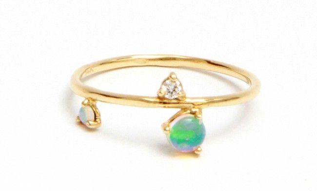 Bague deux opales, un diamant