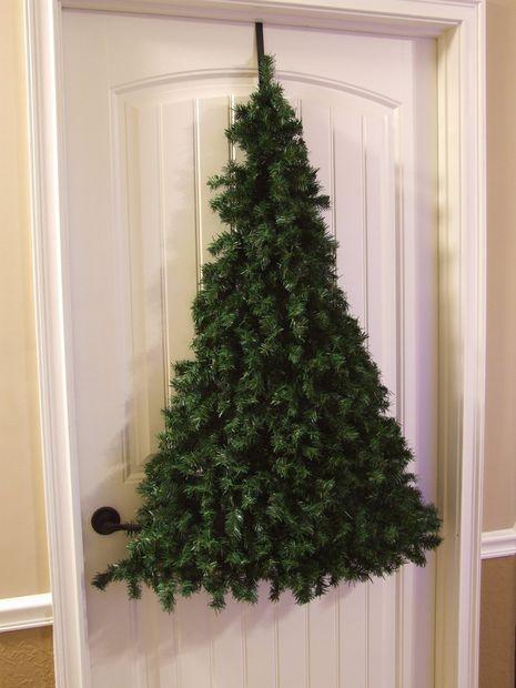 Christmas tree door hanger