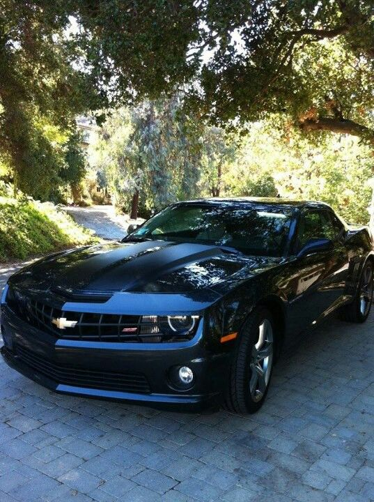 2012 Chevy Camero - I soooo want to be behind the wheel of this baby!!!