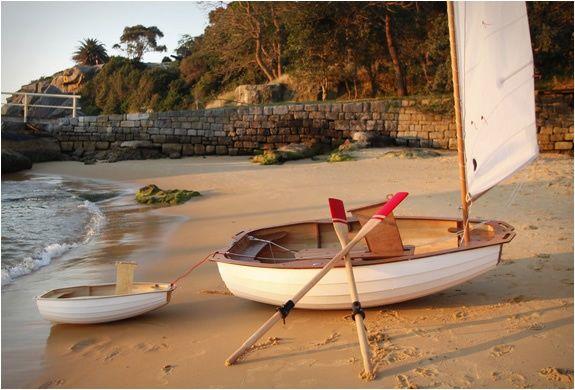 Segel kleines Boot Ruder Strand