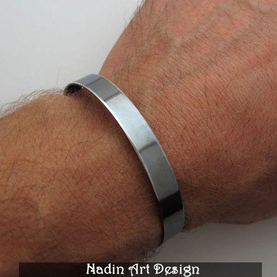 Oxidiertes Schwarz-Silber Herren Armreif von NadinArtDesign auf DaWanda.com
