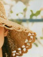 Professione Donna: Cappello con la rafia lavorato all'uncinetto