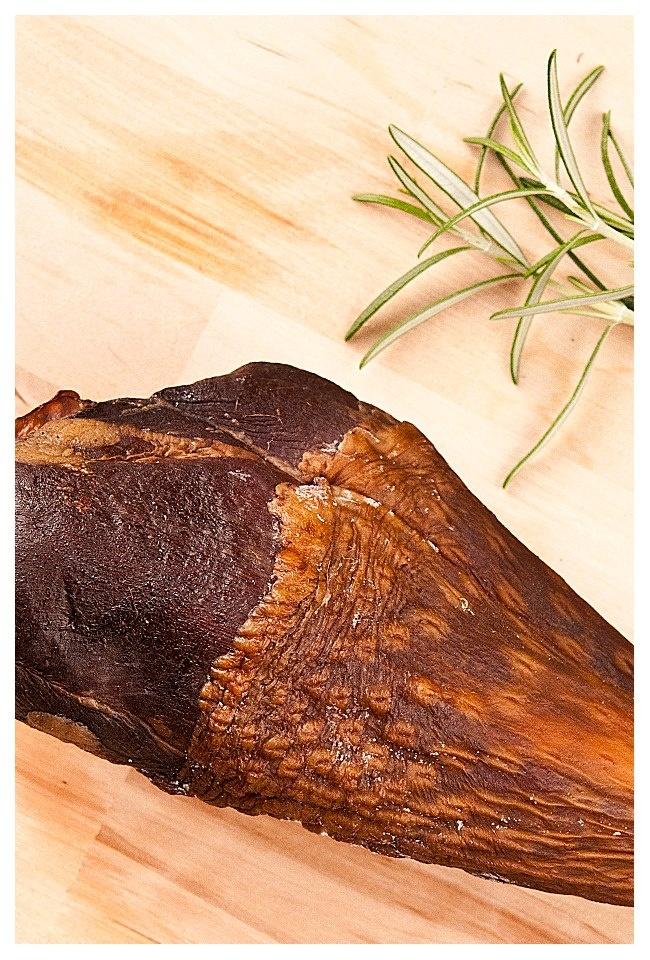 https://www.facebook.com/Gourmoka?fref=ts
