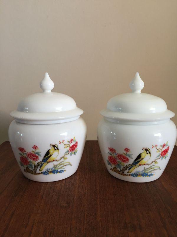 Vintage jar Avon