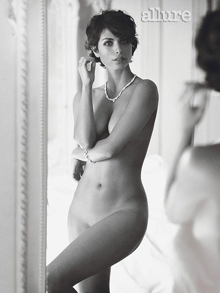 Morena baccarin gallery bikini images, girl using fucking machine gif