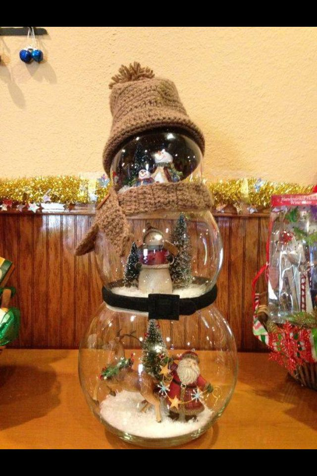 Found this on Facebook, it's made from three fish bowls. Just fill and decorate each bowl then decorate as a snowman.