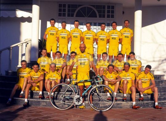 252 best images about marco pantani on pinterest sprint for Mercatone uno complementi d arredo