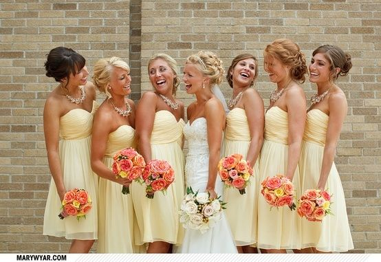 Pale yellow and coral wedding colors - I would have done this if I hadn't done green