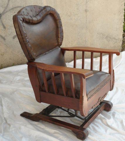 Chaise antique   chaises, fauteuils inclinables   Sherbrooke   Kijiji