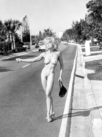nude-madonna-having-sex