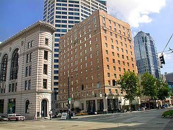 Mayflower Park Hotel in Seattle -great location-great breakfast restaurant and bar-favorite hotel list