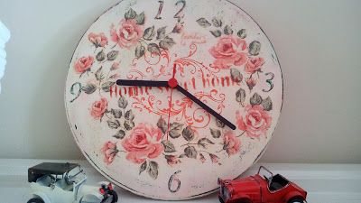 something to create: Another  clock with decoupage