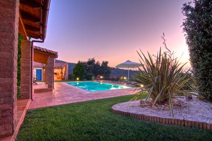 Givera villa is situated 1 km from the hamlet of Giannoudi and 5,5 km from the town of Rethymno. The Villa is 130sqm in size and with two bathrooms and three bedrooms suitable for 6 persons. In the well maintained garden is a swimming pool of