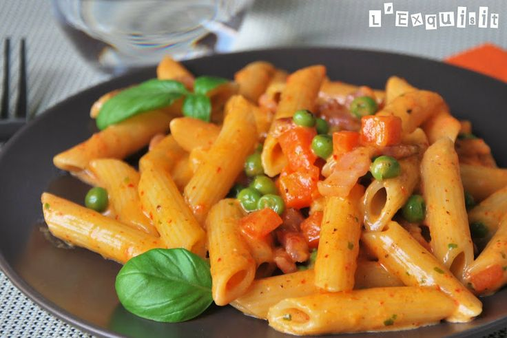 Macarrones con salsa de tomate al queso | L'Exquisit