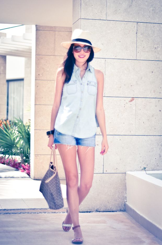 Denim/chambray sleeveless shirt - easy to DIY from existing shirt