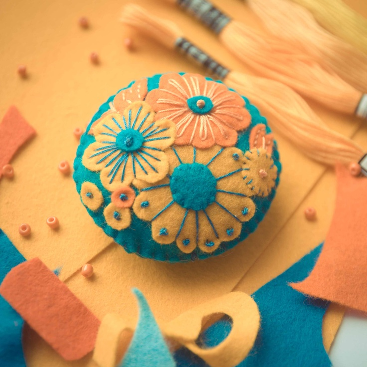 Handmade by Martha Stark   tags: #handmade #marthastark #brooch made of #felt #decoration #rekodzielo #bead #thread #yellow #turquoise #broszka