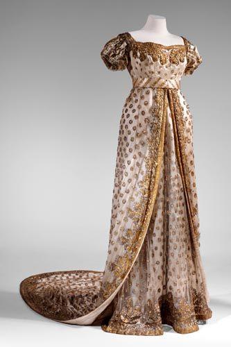 Vestido usado para la boda de Napoleón Bonaparte y Marie-Louise, 1810 Francia, Musée d'Eckmühl