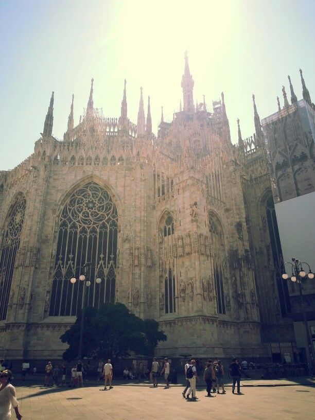 Duomo Church , MİLANO