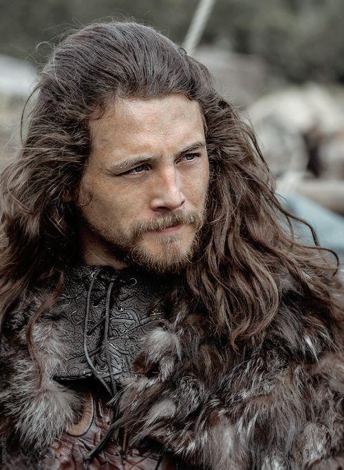 Earl Kalf portrayed by Ben Robson in Vikings Season 3 .................................
