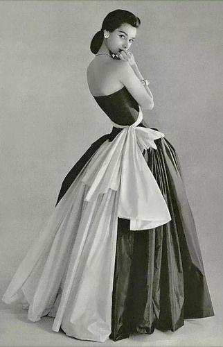 Madame Gres evening dress 1956