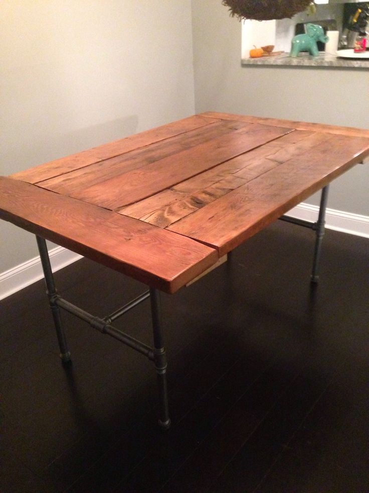 How to Make a Reclaimed Wood Table