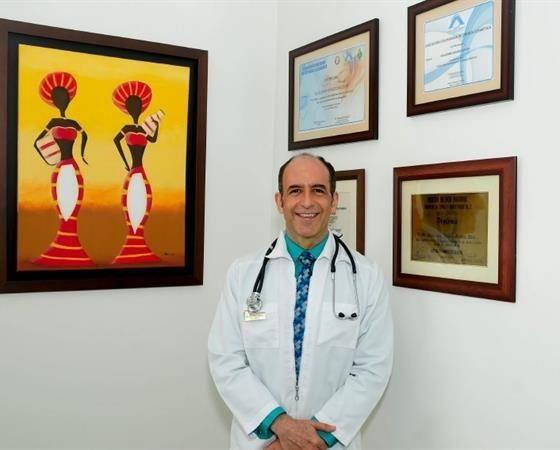 Guillermo Ignacio Acosta Osio  Ginecólogo Barranquilla GuillermoAcosta.medicosdoc.com